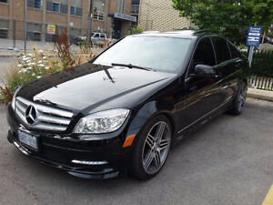 2011 MERCEDES C CLASS - 4 MATIC - LOW KMS - MINT CONDITION !!!
