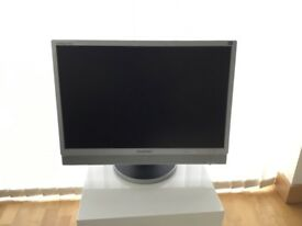 "Samsung SyncMaster 225BW 22"" Computer Screen"