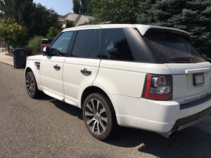 PRICE REDUCED! 2010 Land Rover Range Rover Sport SUV, Crossover