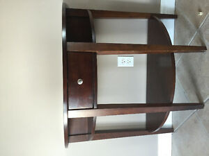 Sofa Table - excellent condition