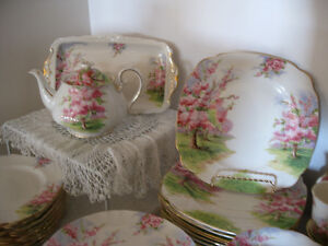 Blossom Time China -- FROM PAST TIMES Antiques - 1178 Albert