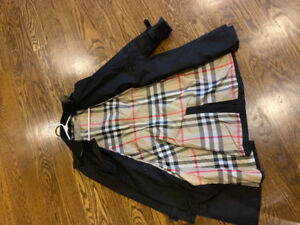 Ladies Burberry Brit trench coat size Small