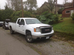2009 GMC Sierra HD Long Box.  Durramax Diesel