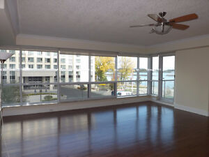 2 BR Unit at The Royal George, 5 Gore Street  w/ Waterview Kingston Kingston Area image 4