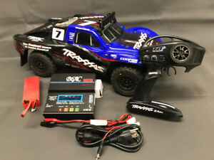Brushless 1/10 Scale 4WD Slash, LiPo battery, charger