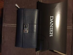 BRAND NEW DANIER Leather Wallet in Navy Kitchener / Waterloo Kitchener Area image 1
