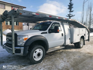 2011 Ford F-550 tow truck  $ 11500
