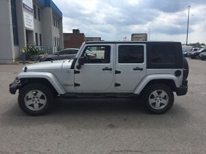 2007 Jeep Wrangler Sahara Unlimited Auto 107-Kms!!!