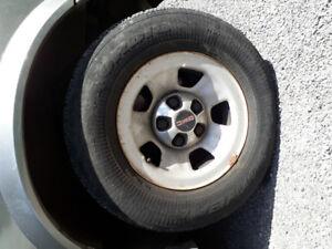 4 pneus hiver complet GMC Safari