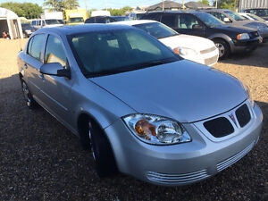 2006 Pontiac Pursuit Sedan ( LOW LOW KMS )