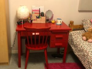 Red Child's Desk & Chair