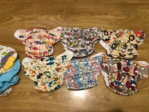 Cloth diapers, never used.  One size.