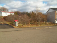 Serviced lot with view, North