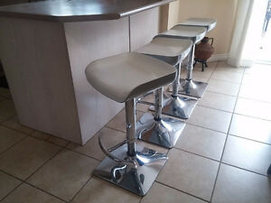 White Bar stools for sale