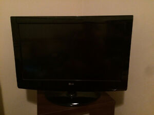 32 inch LG LCD television