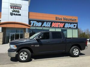 2015 Ram 1500 ST  ACCIDENT FREE, DEALER DEMO, 4WD