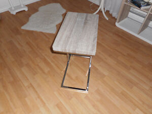 Petite table d'appoint,