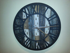 LARGE RUSTIC / SHABBY CHIC WALL CLOCK