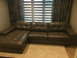 Modern Leather Sofa w/ Left-Handed Chaise
