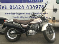 Suzuki RV 125 L0 VAN VAN / Learner Legal Retro Style Motorcycle