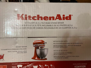 Kitchenaid 4.5 quarts 4.3L  300 w Tilt head stand mixer
