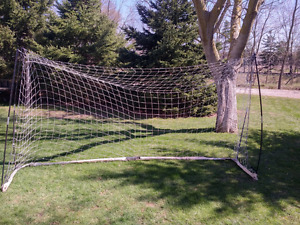 11.5' Folding soccer net