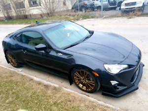 Scion FRS 2015 6MT clean/safety