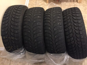 225/65R17 1025 Extreme Grip Winter Claw Studded Tires For Sale