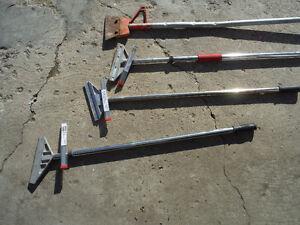 """Heavy duty 8"""" floor scraper with new pack of blades Edmonton Edmonton Area image 2"""