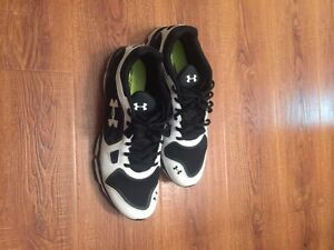 Under armour running shoes size 12