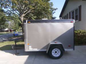 8X5 Ft enclosed Utility Trailer ***FOR SALE****