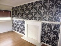 Unfurnished two bedroom first floor apartment within apartment block. (REF 436)