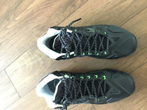 Basketball Shoes - Lebron James Size 10