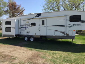 2007 Wildwood LA 336 BHBS by Forest River