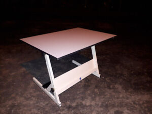 bureau de travail,table dessin,ajustable,inclinable avec chaise
