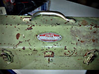 Vintage 40s/50s Park Manufacturing Co. Metal Tool Box Illinois