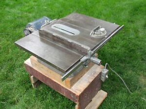 Beaver table saw in good condition.