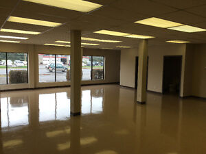 Showroom, Shop/whse., Office Space - All In One!!