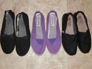 8 pairs of canvas shoes and sneakers