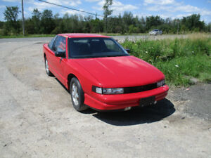 1988 GM Oldsmobile Cutlass Supreme International 2 door