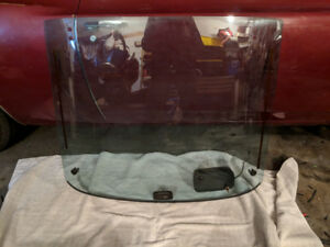 1984 Rx7 rear hatch glass