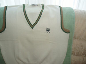 MUNSINGWEAR GOLFWEAR SHORT SLEEVE COTTON SWEATER West Island Greater Montréal image 2