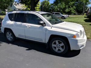 2010 Jeep Compass 4x4 North Edition (Price Reduced)