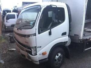 Hino 300C 2009 wide cab now wecking Kenwick Gosnells Area Preview