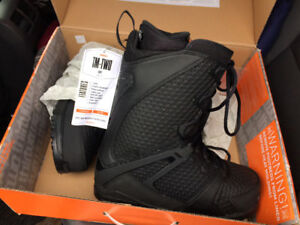 Brand new 32 TM2  boots size 10.5