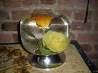 Vintage kitch retro Flower Water Globe Vase