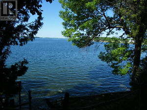 REDUCED!- Year Round St Lawrence Waterfront Cottage/Home