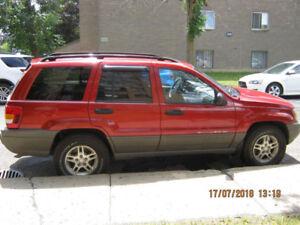 Véhicule Jeep Grand Cherokee à vendre.