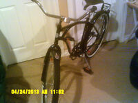 Mans or womens cruiser bicycle