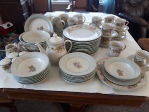 Noritake Stoneware Dishes